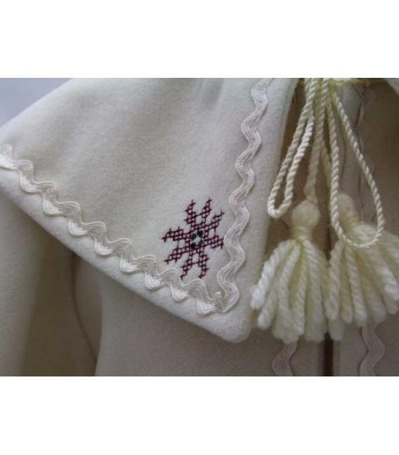 Paltonas botez traditional ivoire si caciulita brodate