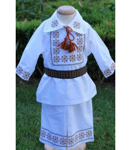 More about Costum traditional botez baieti stelute bej