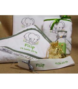 More about Trusou botez Elefantel verde