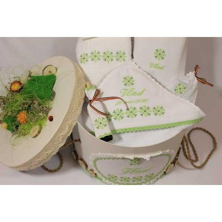 Trusouri botez traditionale - Trusou botez personalizat si cutie botez traditionale broderie stelute