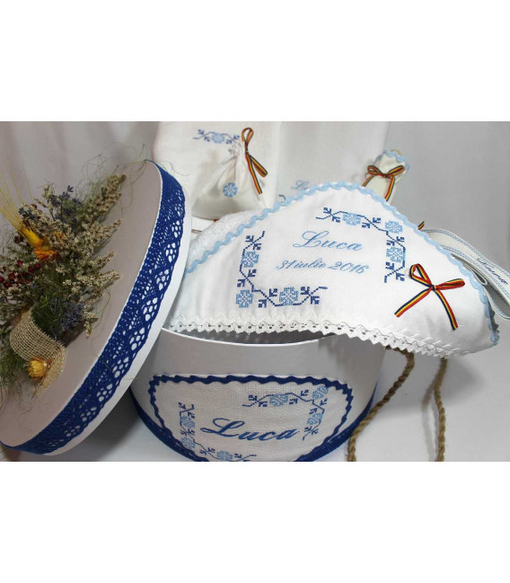 Trusouri botez traditionale - Trusou Botez Traditional si cutie botez brodata Luca