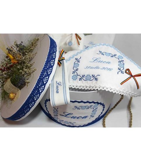Trusou Botez Traditional si cutie botez brodata Luca