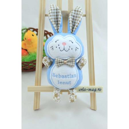 Jucarii personalizate bebelusi - Iepuras de Paste handmade brodat cu papion