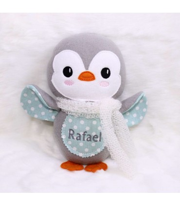 Jucarie pinguin de plus brodata si personalizata model Rafael