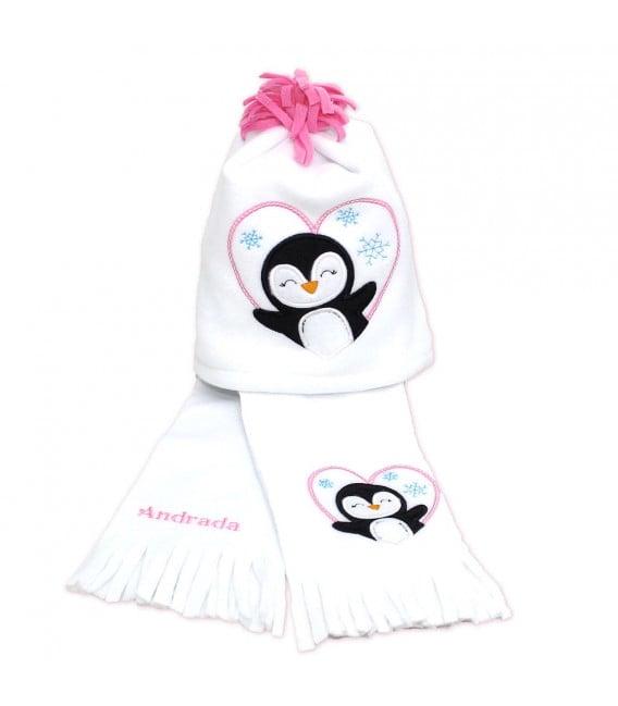 Fular plus caciula personalizate cu broderie pinguin din polar culoare alba