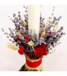 Lumanare de nunta lunga cu flori de lavanda in buchet