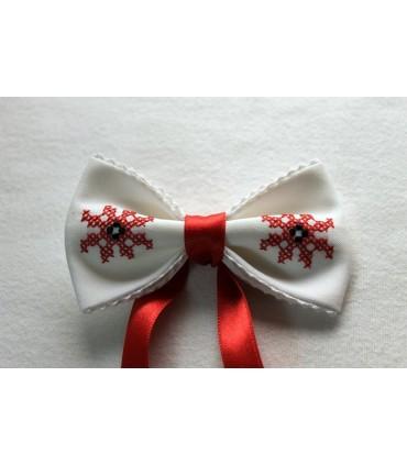 Papion pentru femei brodat si personalizat alb cu panglica rosie