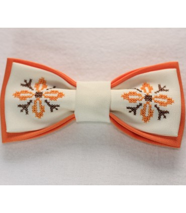 Papion brodat portocaliu si alb broderie steluta