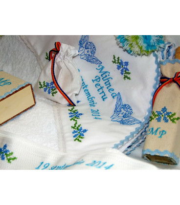 Trusouri botez traditionale - Trusou botez traditional personalizat doi ingerasi
