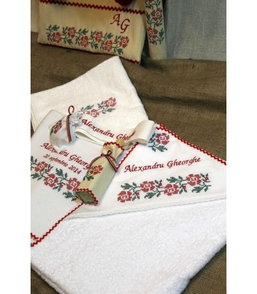 Trusou botez traditional personalizat broderie floare