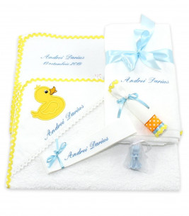 More about Trusou botez personalizat set bebelus si preot ratusca Mac