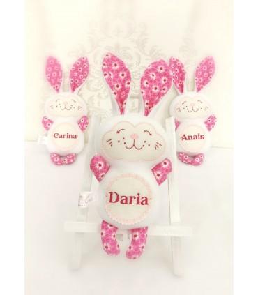 Jucarii personalizate bebelusi - Iepuras cu nume lucrat manual Daria