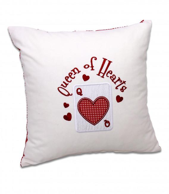 Pernă personalizată brodată cadou pentru iubită Queen of Hearts
