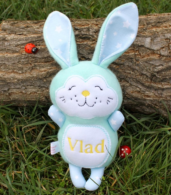 Jucarii personalizate bebelusi - Iepuras de Paste personalizat Vlad