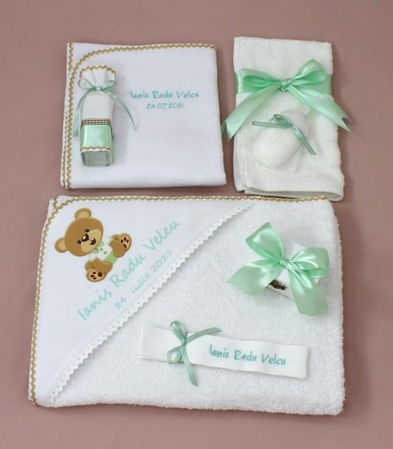 Trusou botez ursulet personalizat si cutie rotunda inclusa Ianis